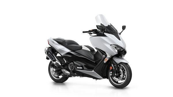 Yamaha TMAX DX Tech MAX